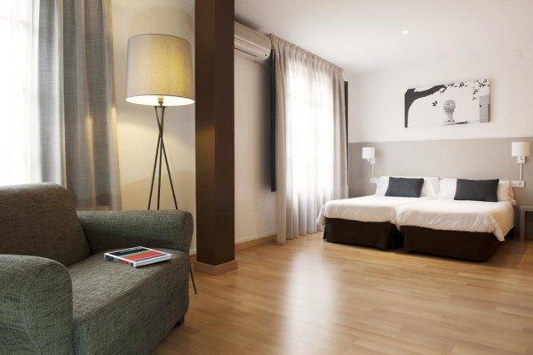 Aspasios Plaza Real Apartments, appartamenti Barcellona